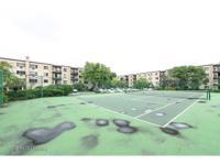 1st floor end unit condominium. Great location to the