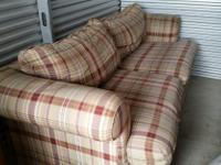 Type:FurnitureType:Love SeatI have a LaZBoy Love Seat