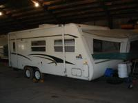 2001 Kodiak HyBrid 23' camper with slide out and two