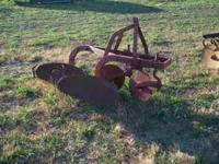 FOR SALE 2 BOTTON PLOW CALL  OR  Location: FAIR GROVE