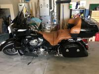FOR SALE 2015 INDIAN ROADMASTER LIKE NEW, LOW MILEAGE -