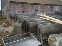 ss dry and wet/dry pig feeders farrowing crates sow