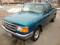 1996 Ford Ranger XLT Super Cab. Green with gray cloth