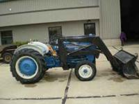"1972, gas, power steering, live pto, loader ""quick"