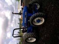Low hours on this 45 horsepower Ford 3930 tractor. 4wd