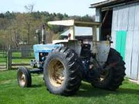 Ford 5600 diesel tractor, 60hp, runs well, mechanically