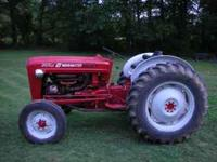 1959 Model 641 48 HP Gas 4 Speed Live Hydralics