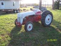 This is a good running little ford tractor, its the