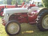 Ford 9N farm Tractor, Lift just recently rebuilt, good