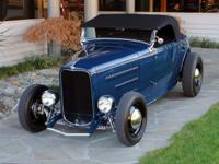 1932 Ford Roadster With more Deuce roadsters on the