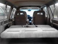 1997 Ford E150 Wheelchair Accessible Van Braun L800U