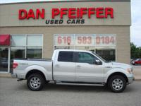 SUPER CLEAN LARIAT CREW CAB HEATED LEATHER, MOON ROOF,