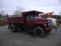 For sale: -1985 Ford f-800 -10 speed transmission -8cyl