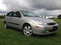 FORD FOCUS ZX3 2001 MILES: 55K GOOD CONDITION - $3950