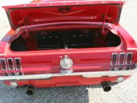 """1968 Ford Mustang 390 """"J"""" code. Great paint , amazing"""