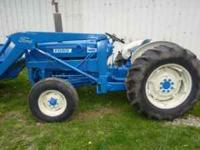 ford new holland 4600 with ford loader,big bucket, only