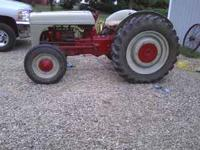 1947 ford tractor 2-N, good condition, runs great, no