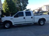 Ford F250 XLT Crew Cab Triton v8, Mint condition , One