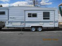 Smartly priced. Sierra by Forest River 5th Wheel. 29