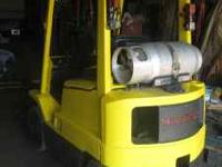 late model Hyster, air tire, triple mast, side shift,