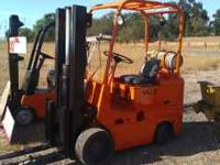 forklift yale runs good propane smooth tire $3895 no