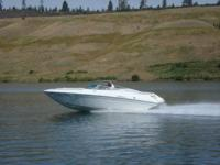 Formula 252 LS Overnighter, 7.4L Bravo 3, Low Hours