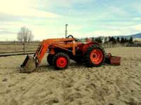 Four-Wheel Drive Kubota Diesel Tractor with front end
