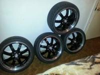 I have i very nice pair of 17 inch wheel that are black