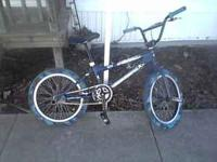 its a free agent war bird w a 3 piece red line crank,