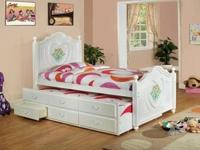 Type: FurnitureType: kids bedPerfect for a young ladies