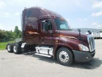 Make:FreightlinerMileage:455,200 MiYear:2010VIN