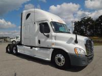 Make: Freightliner Mileage: 334,037 Mi Year: 2012 VIN