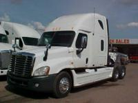 Make: Freightliner Mileage: 1,043,421 Mi Year: 2008 VIN