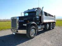 2003 Freightliner FLD 120 SD Dumptruck with chalmers