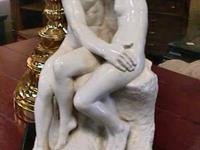 French Artist - RODIN KISS - Statue  Get there 1st and