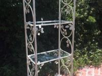 French Etagere Beautiful ivy design w metal ivy vine. 4