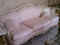 "Includes a 91"" long French Provincial style Silk"