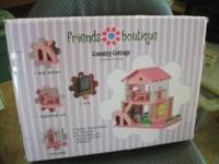 """Maxim Enterprises Friends Boutique """"Country Cottage"""""""