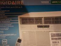 Frigidaire 6,000-BTU 250-sq ft 115-Volt Window Air