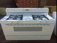 Nice electric Gas stove provide four cooking zones all