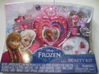 Disney Frozen Beauty Kit   (New, Never OPENED)