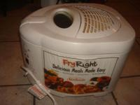 Great fryer that has a locking lid and a filter to help