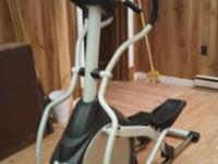 Efficient elliptical trainer with full, natural 20-inch
