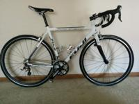 Selling my Fuji Roubaix 2.0 that I got new less than