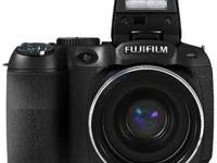 The FinePix S2950 camera boasts a high resolution 14