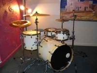 This is a Ludwig Epic drum kit that is for sale. I have