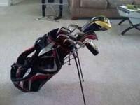 Up for sale is FULL SET of golf clubs. This includes a