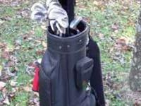 For sale: Full set of Alien DS9 golf clubs in good