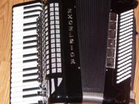Type: Accordion Professional Full Size Excelsior