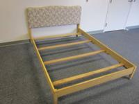 FULL SIZE VINTAGE BED IN GREAT CONDITION, STURDY.